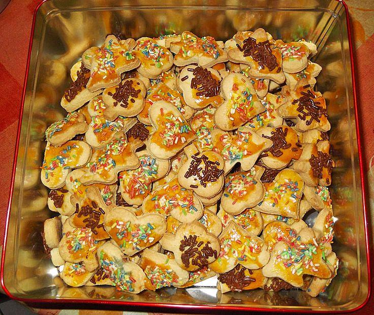 Omas Weihnachtsplätzchen, ein tolles Rezept aus der Kategorie Kekse & Plätzchen. Bewertungen: 43. Durchschnitt: Ø 4,2.