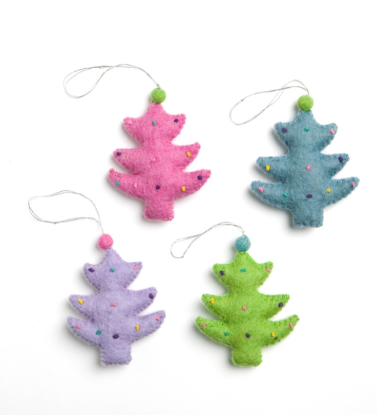 En Gry & Sif Felted Wool Christmas Tree Ornament