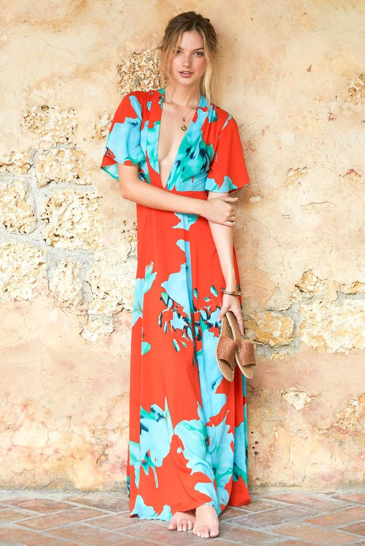 A Wedding Guest Outfit For Every Type Of Beach Destination   Beach ...