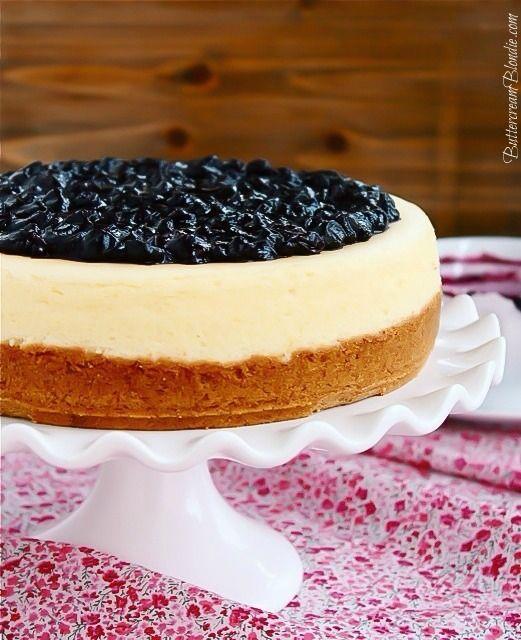 Lemon Blueberry Cheesecake  a Farberware bakeware giveaway! | ButtercreamBlondie.com