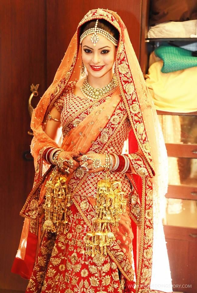 Aamna Sharif in Sabyasachi. photo by wedding story. Indian bridal lehenga…