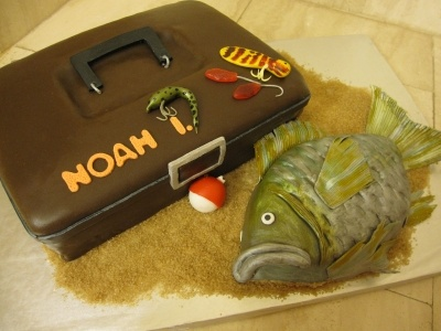 1000 images about marty 39 s cake ideas on pinterest for Bass fishing tackle box
