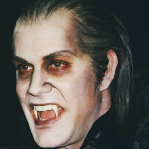 Steve as the count (Graf Krolock) in Tanz der Vampire! #stevebarton #mrbarton #as #a #vampire #vampir #blut #wien #uraufführung #tanzdervampirr #tdv #vienna #vereinigtebühnenwien #vbw #best #actor #singer #dancer #artist #amazing #makeup