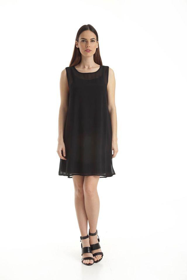 DOCA SS2015 Collection Μαύρο αμάνικο, κοντό φόρεμα. Διαθέσιμο σε Small, Medium, Large, Extra Large: http://www.doca.gr/el/online-shop/anoixi-kalokairi-15/rouxa/foremata-ss15