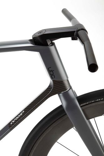 Do you have a bike that cost more than your car? -- A $32,000 Carbon-Fiber Fixed-Gear Bike, Designed By A Formula 1 Firm ~Fast Company