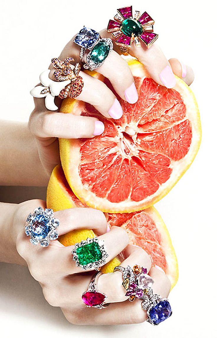 photographed by mónica suárez de tangil  http://onehsk.blogspot.nl/2011/07/fruit-temptation-vogue-spain-june-2011.html