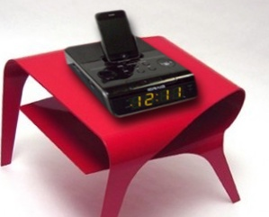 This alarm clock connects you to your music by playing iPods, MP3 players and AM/FM radio