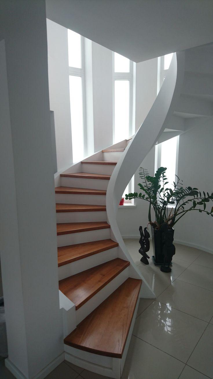 Best Massive Spirale Treppe Aus Bläh Ton Fertigteilen 640 x 480