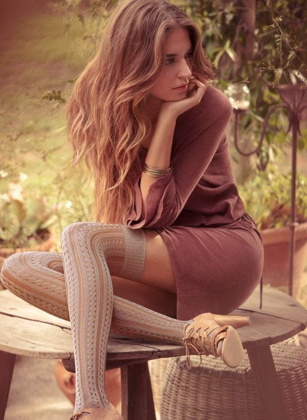 17 Fall Outfit Ideas With Over The Knee Socks