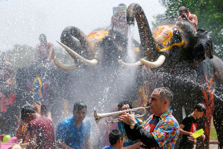 The Joyful Splashing of Thailand's Songkran Water Festival - The Atlantic