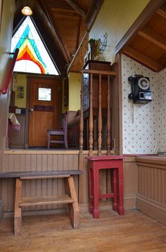 front door foyer inside tree house for kids - Kids Treehouse Inside