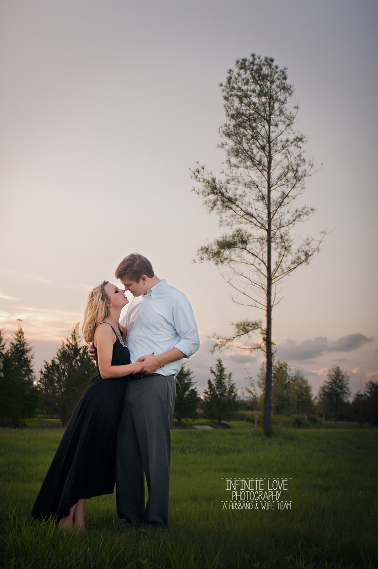 Houston Engagement Photographer Husband And Wife Wedding Photography Team