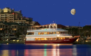 Have a waterfront event in Destin, FL aboard Sunquest Cruises - Solaris yacht!