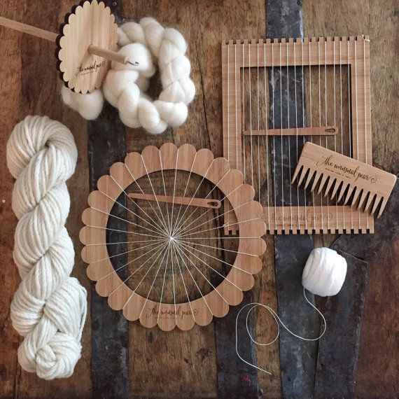 Want to try one of everything? This kit is for you! Small Kit contains: 1x mini lap loom 1x small round loom 2x small weaving needles 1x weaving