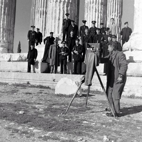 Dmitri Kessel 1948 αναμνηστική φωτογραφία στην ΑΚΡΟΠΟΛΗ