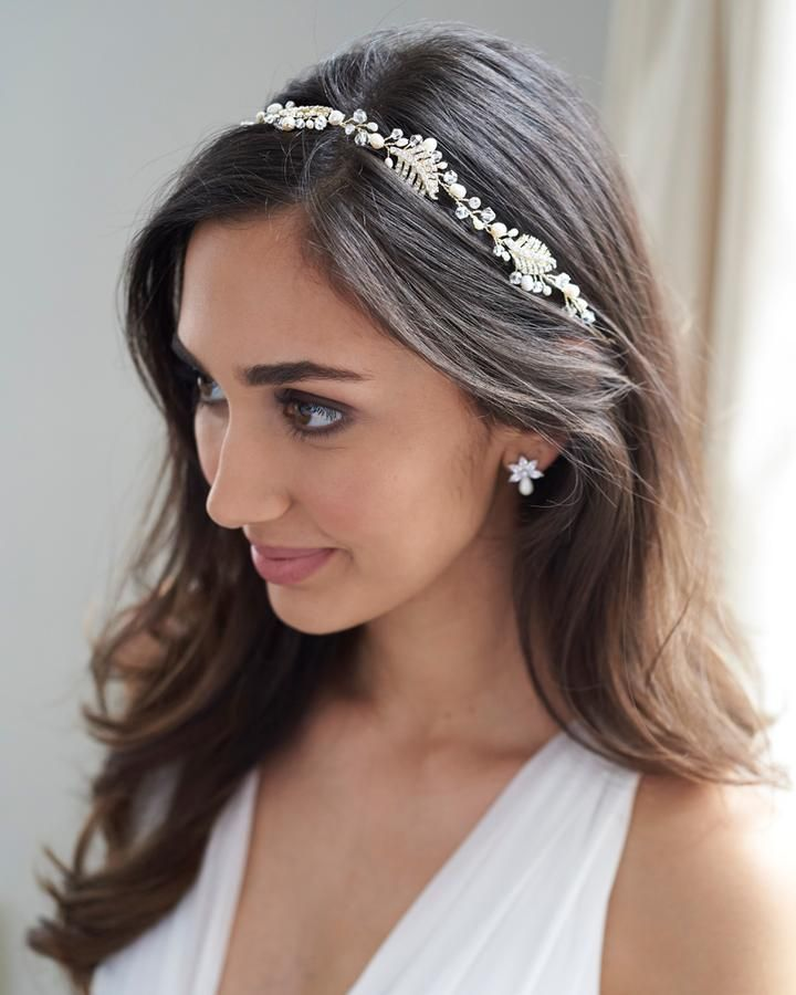Shop Bridal Hair Vines For Your Wedding Hairstyle Wedding Hair Vine Is Crafted With Jeweled Leaves Freshwa Pearl Hair Vine Crystal Hair Vine Floral Hair Vine
