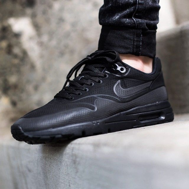 Nike Air Max 90 Ultra Moire All Black
