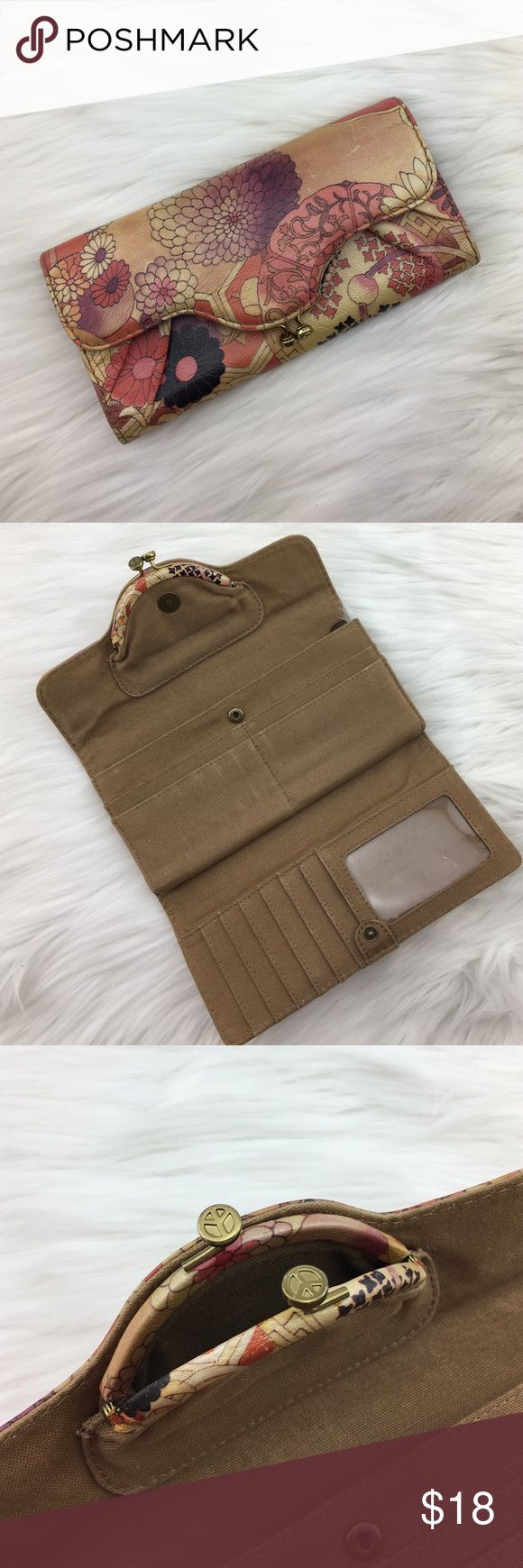 Lucky Brand Wallet Like new! Cute bohemian Wallet with coin purse attached. Lucky Brand Bags Wallets
