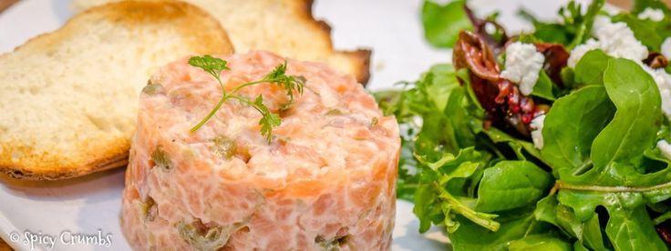 Tatarák z lososa - lahůdka, kterou se můžete se starým rokem důstojně rozloučit - Spicy Crumbs