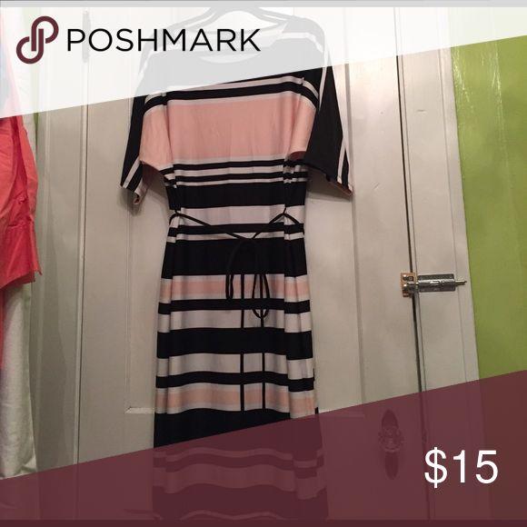 Color black striped plus size dress 👗 Sz 2x Color black striped plus size dress 👗 Sz 2x. Excellent Condition. This dress will hit slightly below the knee. Karin Stevens Dresses Midi