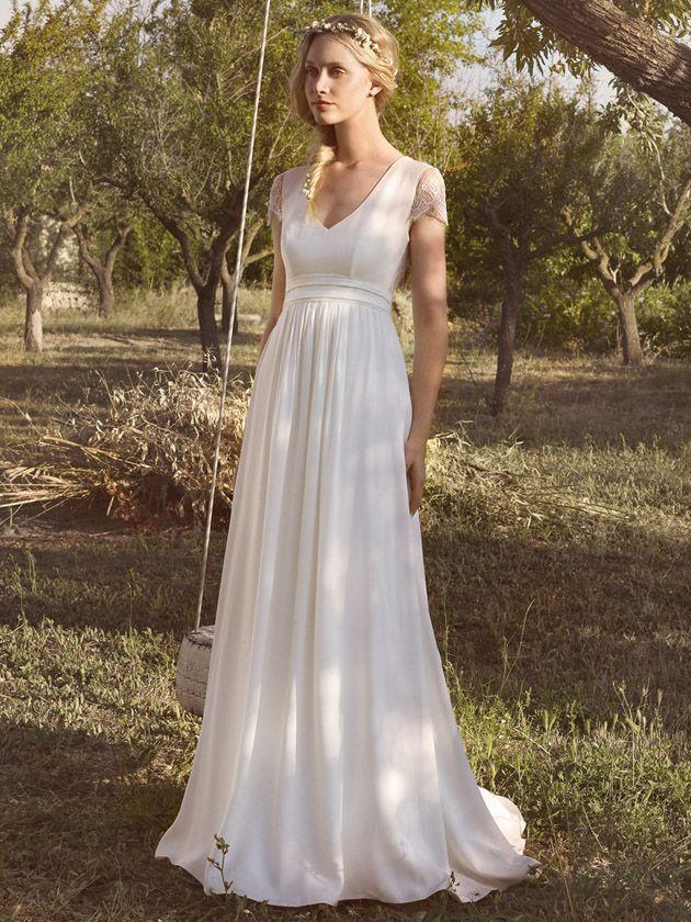 Rembo Styling Brautkleider auf Deutschlands größter Brautkleider-Galerie - hier findet Braut die schönsten Hochzeitskleider der Saison.
