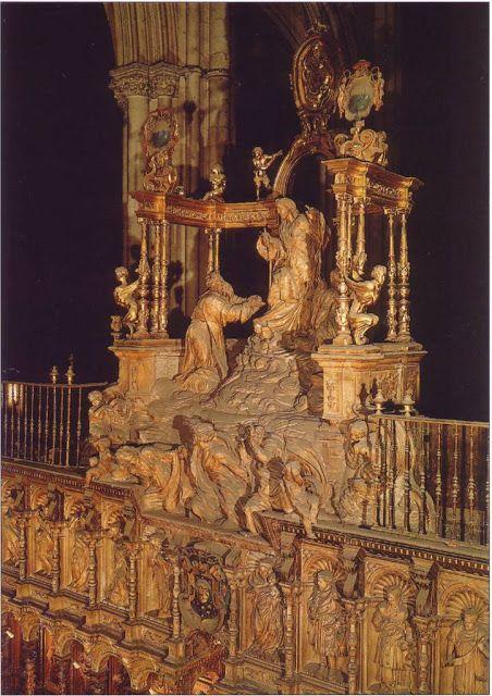 ALONSO BERRUGUETE: La Transfiguración. El conjunto remata el coro de la Catedral toledana, sobre la silla episcopal.