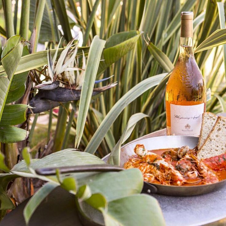The happiest combo on earth.  #wine #seafood #shellfish #fish #tropical #botanic #plants #pan #foodphotography #foodstyling #gourmet #foodie #delicates