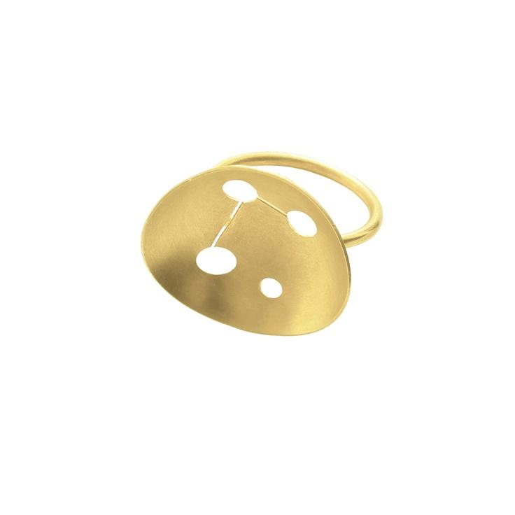 Hunn: Crisp ring