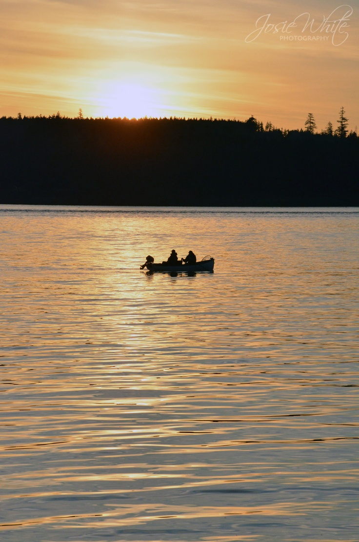 Sunrise Tyee fishermen, Campbell River, Vancouver Island, BC, Canada  Josie White Photography