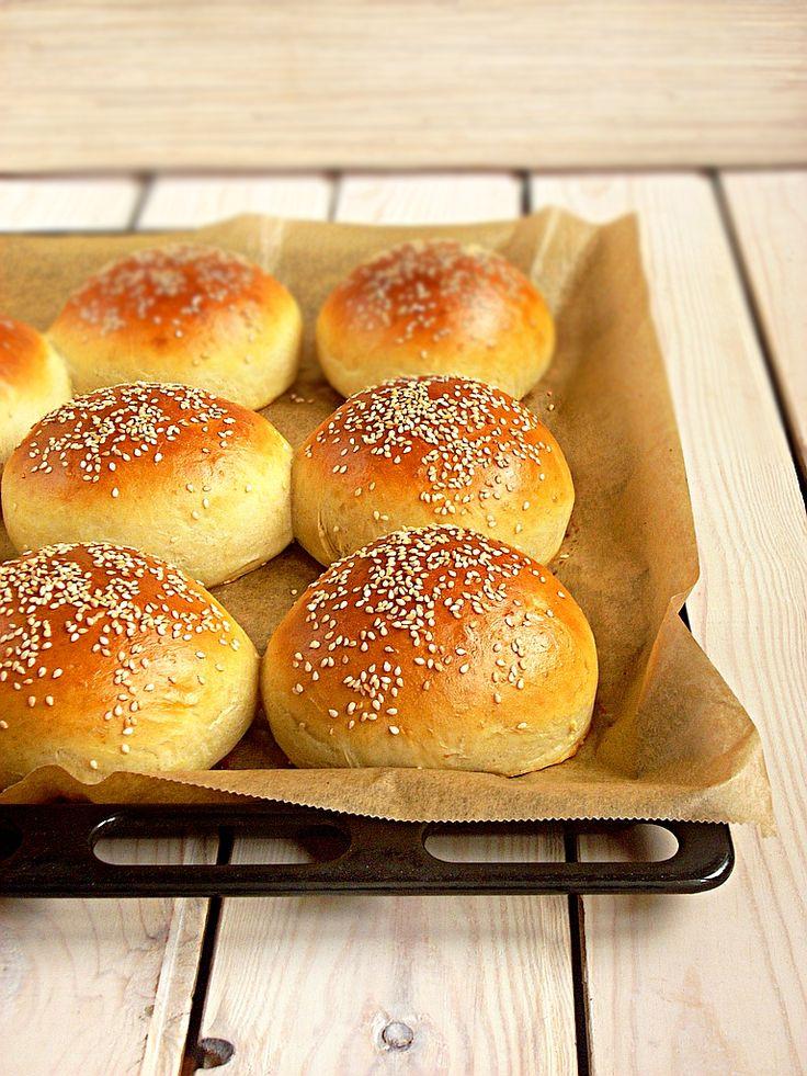 I adore cinnamon- subiektywny blog kulinarny o zapachu cynamonu: Najlepsze bułki do hamburgerów!