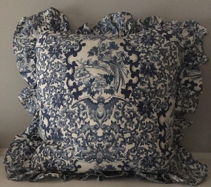 Best 25+ Ruffle pillow ideas on Pinterest   Throw pillow ...