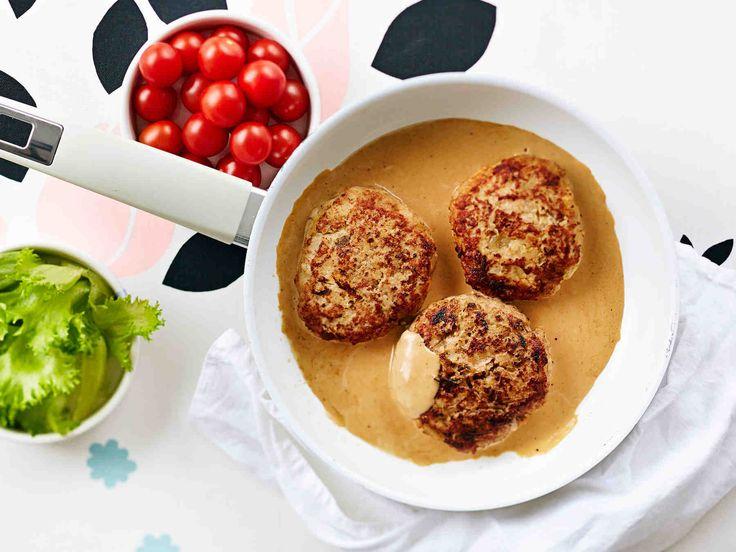 Kananpojan pannupihvit ja kermakastike - Reseptit