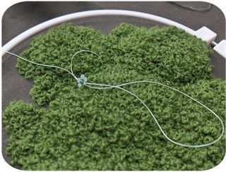 Pixie Moss Tutorial: wow. moss made out of french knots...