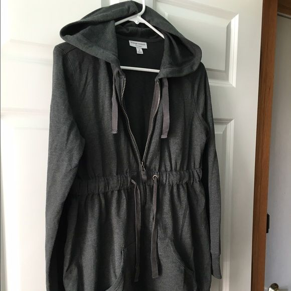 Gray Maternity Zip-up Hoodie Medium maternity zip-up hoodie by Liz Lange for Target. Gently used. Worn a few times. There are two pockets and a drawstring at waistline. Still in very good condition. Liz Lange Tops Sweatshirts & Hoodies
