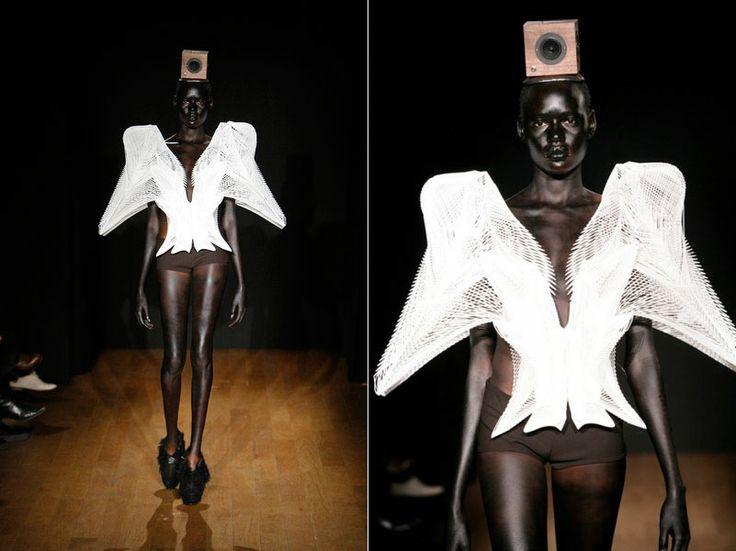 Iris Van Herpen  Haute Couture ss2011