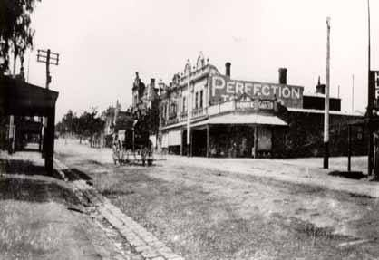Not much traffic on Burke Road Camberwell 1890's. Facing north from Prospect Hill Road.