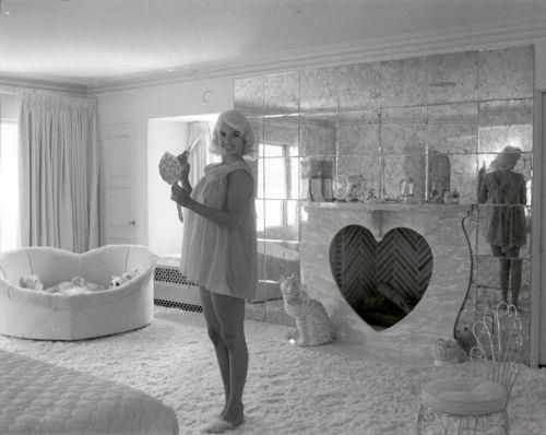 Jayne Mansfield House the 17 best images about room on pinterest