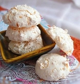 Coconut Macaroon Cookies! Gonna make these tonight. Praying they are like the ones I'm craving! Lol