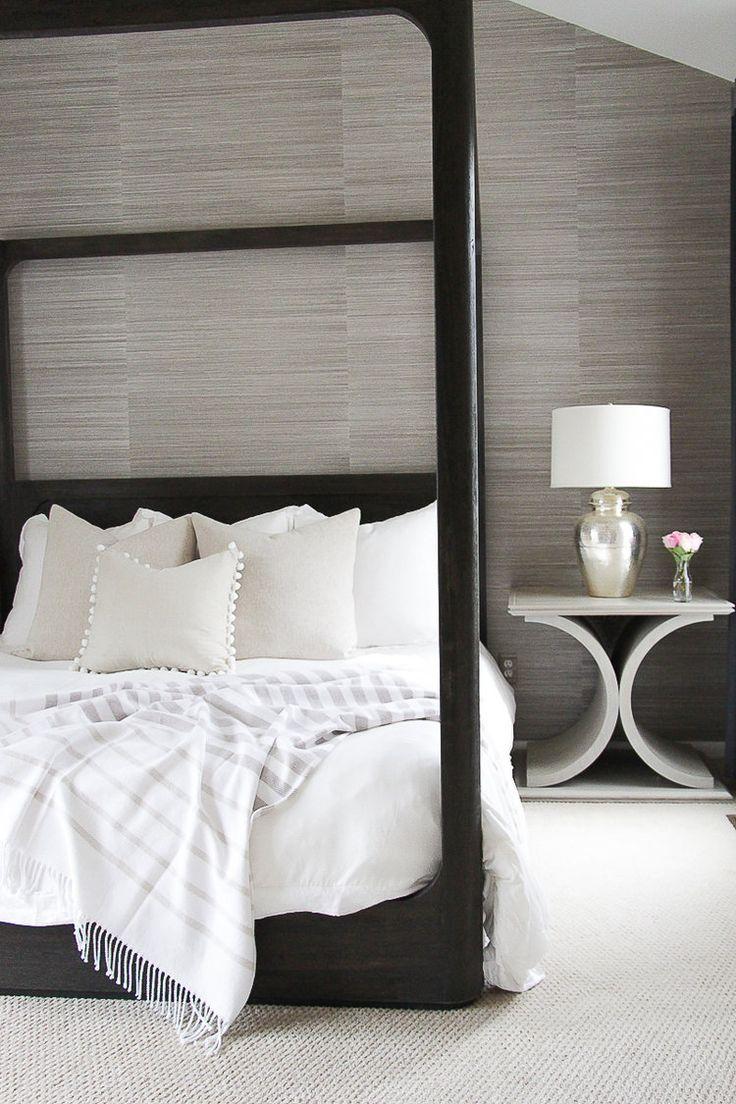 Best 25 neutral wallpaper ideas on pinterest geometric for Neutral bedroom wallpaper