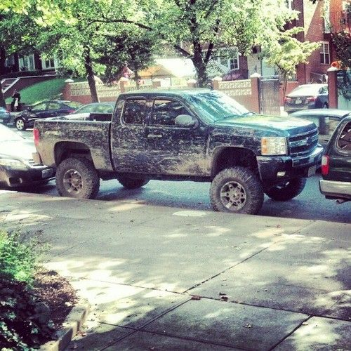 <3 a dirty Chevy always classes-up any neighborhood <3