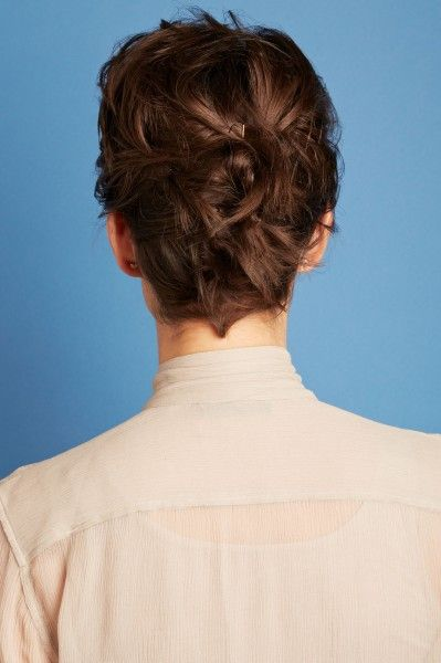 4 Hairstyles For Short Hair Refinery 29 Style