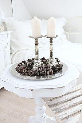 simple but effective winter decoration.