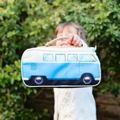 Keep those all important sarnies cool in both senses of the word with our VW Campervan Lunch Bag. Shaped just like the now iconic 1965 motor vehicle, the VW Campervan [...]