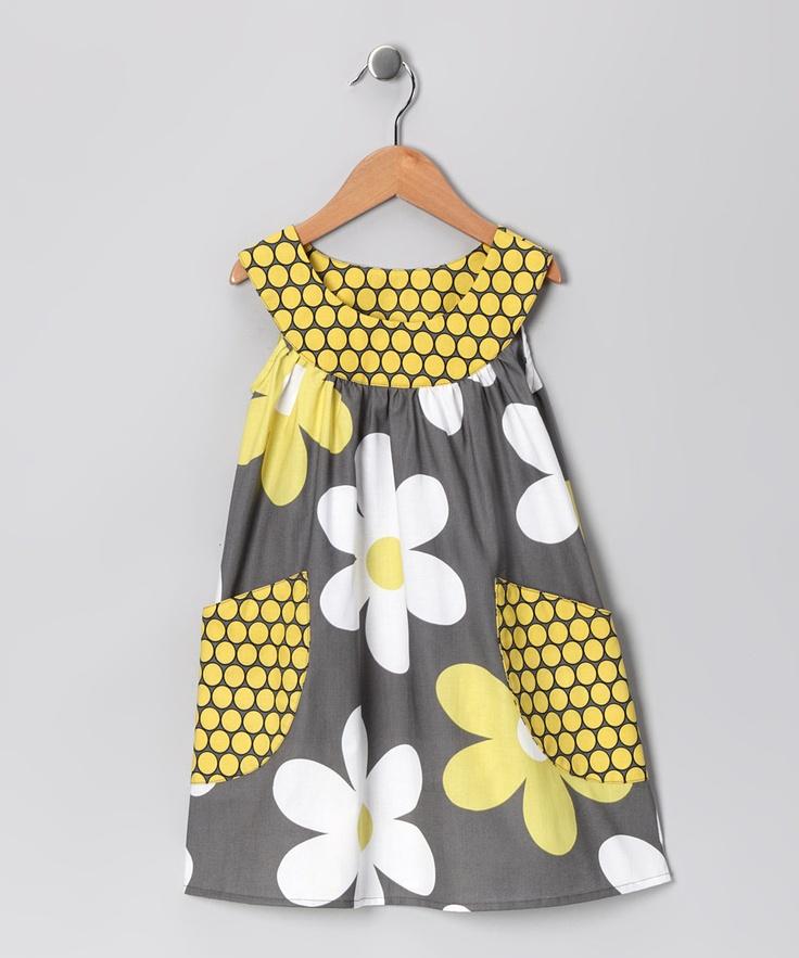 Gray Big Daisy Pocket Yoke Dress - Toddler & Girls