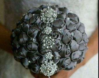 Elfenbein Brosche Bouquet