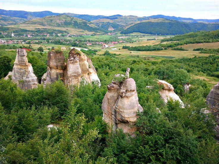 Gradina Zmeilor Salaj-Romania {I want to see it)