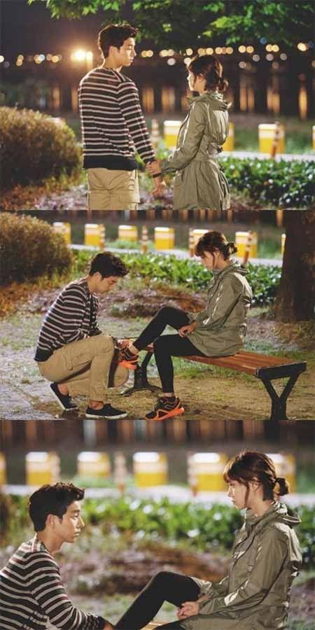 Gong Yoo Ties Lee Min Jung's Shoelaces in 'Big'