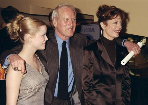 reese witherspoon paul newman and susan sarandon arrives