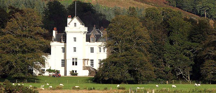 Accommodation - Scottish Castle Holidays, Castle Weddings, Scottish Castles, Castle Accommodation, Loch Fyne, Castle Holidays Argyll, Vacation, Argyll, Scotland - Castle Lachlan