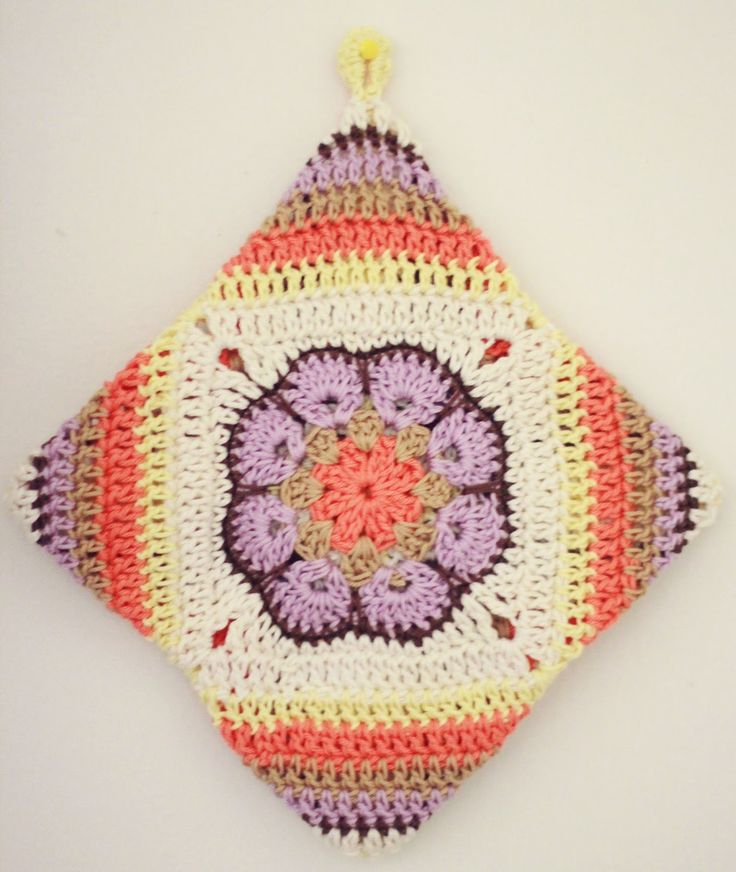 African Flower Hexagon Crochet Pattern Free : Best 25+ Crochet african flowers ideas on Pinterest ...